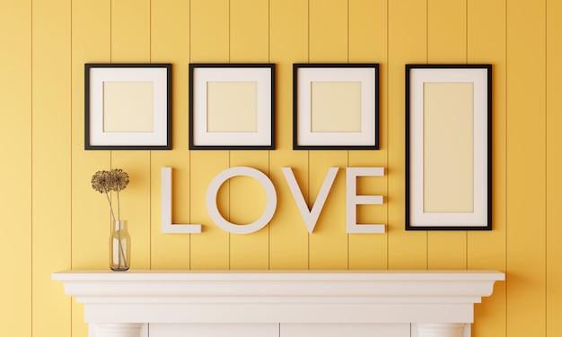 Quatre cadre photo blanc noir sur un mur en bois jaune avec un mot amour sur le mur ont un vase à fleurs placé sur la cheminée.