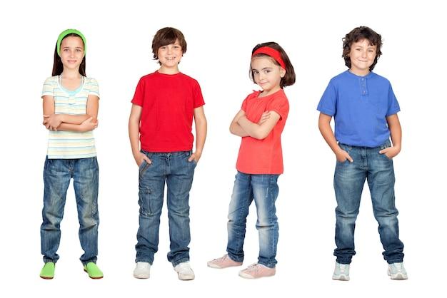 Quatre enfants, petite équipe