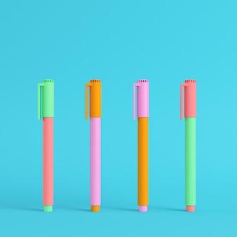 Quatre marqueurs colorés aux couleurs pastel