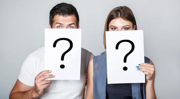 Question anonyme, homme et femme. problèmes et solutions. obtenir des réponses.