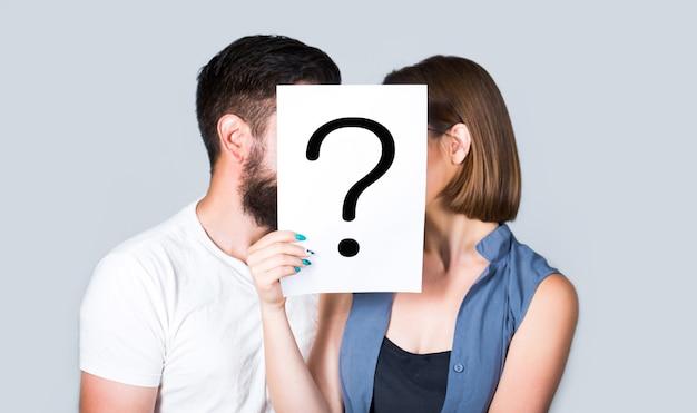 Question anonyme, homme et femme.