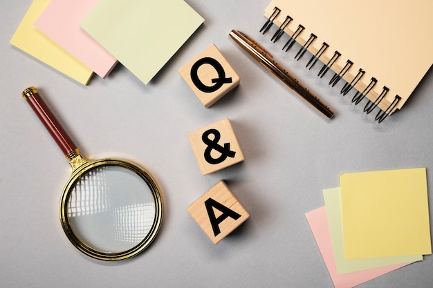 Questions et réponses dans les affaires et l'éducation