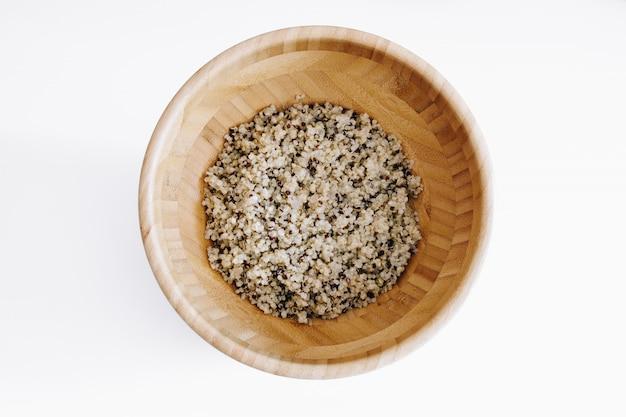 Quinoa dans un bol