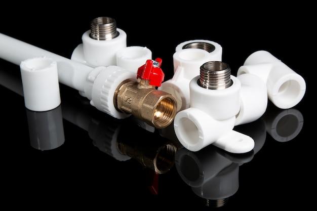 Raccords de plomberie pour tuyaux en pvc en plastique et vannes à bille de porte de plomberie