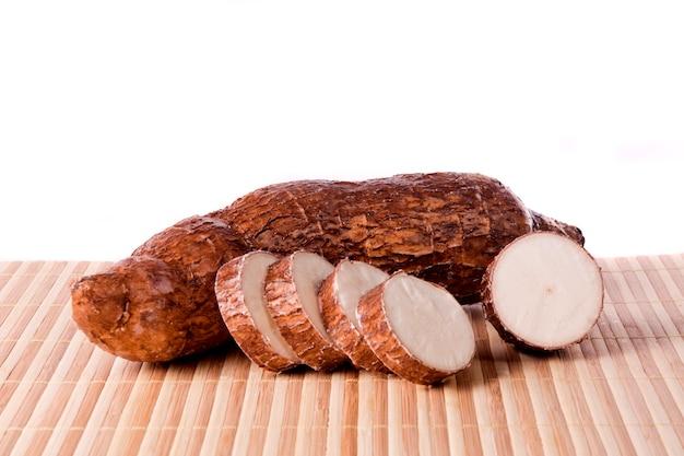 Racine de manioc