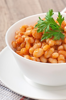 Ragoût de haricots blancs à la sauce tomate