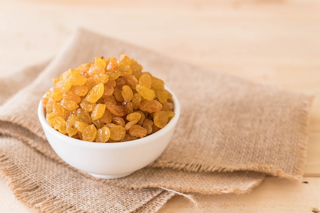 Raisins secs ou groseilles
