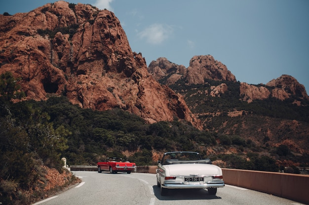Rallye automobile rétro. côte d'azur. nice - cannes - saint-tropez.