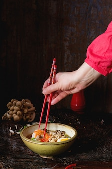 Ramen soupe asiatique prêt à manger
