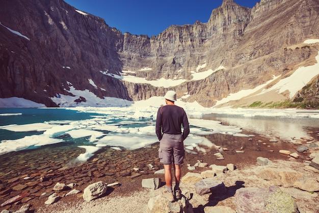Randonnée dans le parc national des glaciers, montana