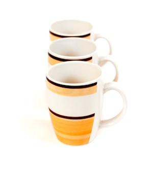 Rangée de trois tasses