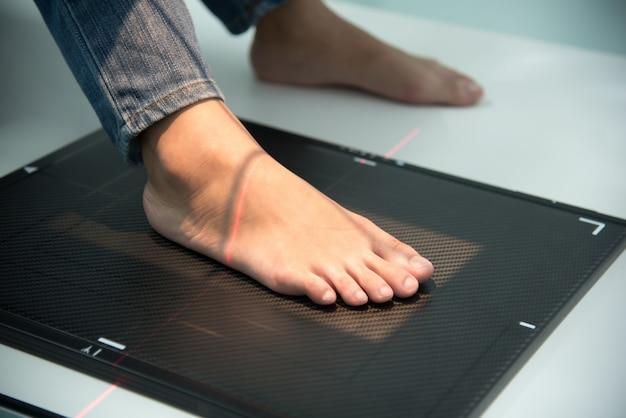 Rayons x scannent au pied à l'hôpital, concept de soins médicaux et de soins de santé