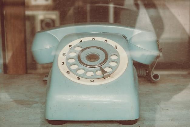 Récepteur téléphonique vintage, technologie rétro