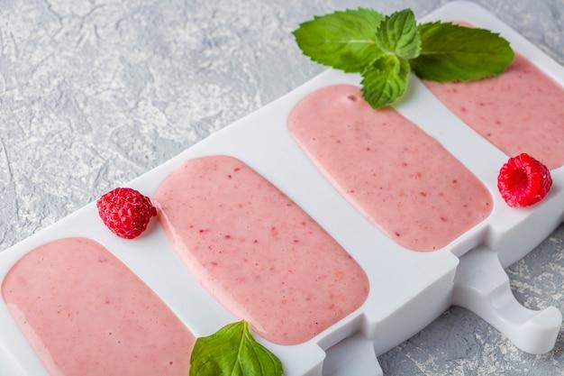 Recette cuisine glace rose maison