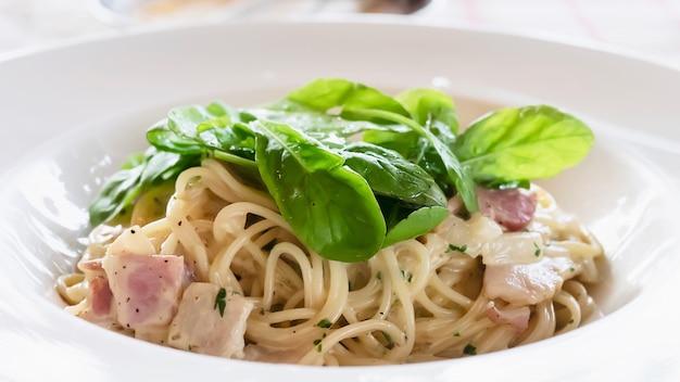 Recette spaghetti carbonara