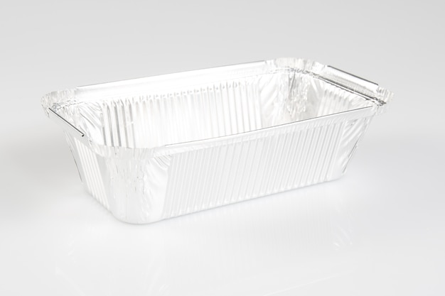 Un récipient en aluminium pour recevoir et stocker les aliments