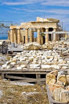 Reconstruction de l'ancienne acropole à athènes, grèce