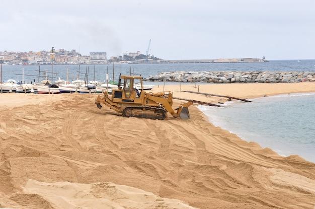 Reconstruction de la plage de sant antoni de calonge, costa brava, province de gérone, espagne