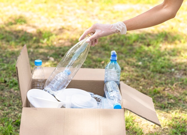 Recyclage individuel des bouteilles en plastique