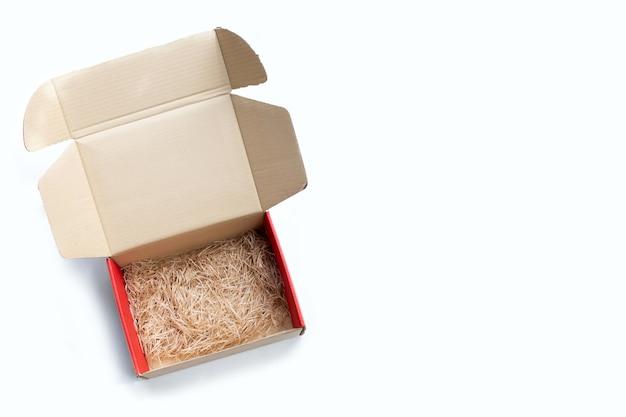 Recycler le papier antichoc dans une boîte en carton