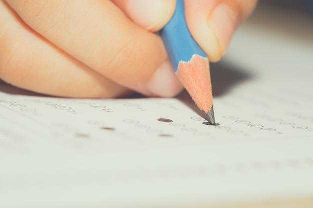 Rédaction du papier de test à l'examen