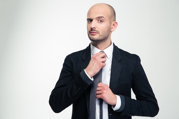 Redresser sa cravate