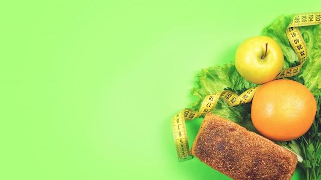 Régime alimentaire, perte de poids, alimentation saine, concept d'aliments frais