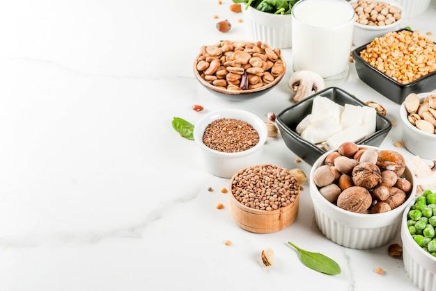 Régime alimentaire sain, nourriture végétalienne, sources de protéines végétales