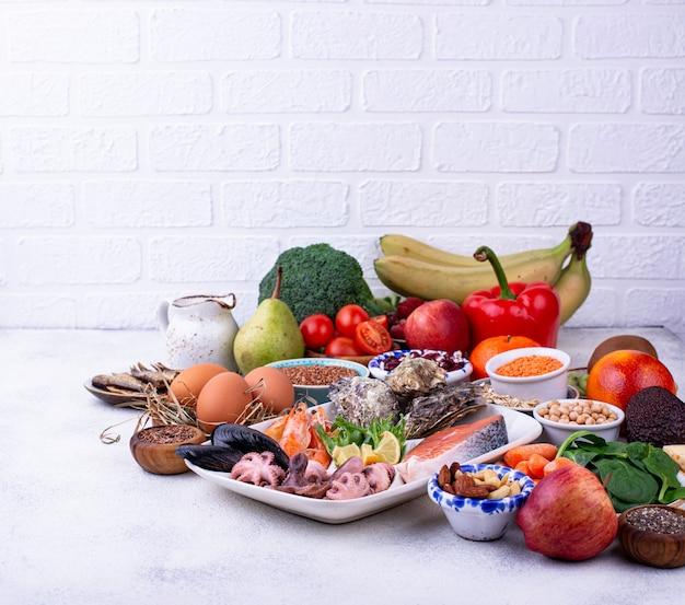 Régime pescetarien avec fruits et légumes de la mer