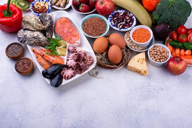 Régime pescétarien avec fruits de mer, fruits et légumes