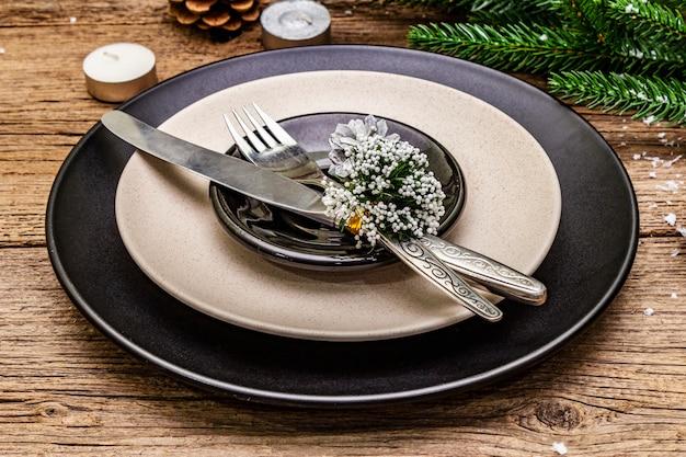 Réglage du lieu du dîner de noël et du nouvel an