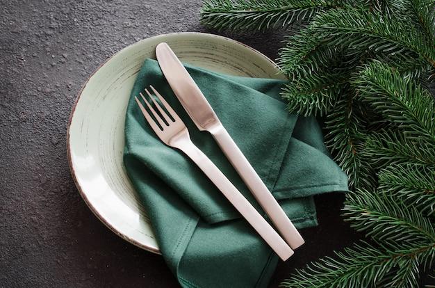 Réglage de la table de fête pour noël
