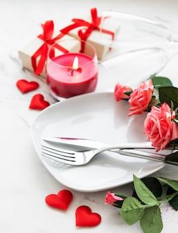 Réglage de la table pour les amoureux