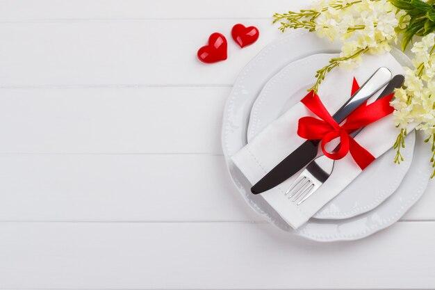 Réglage de la table romantique