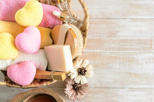 Relaxation, spa, cosmétiques de beauté pour les soins du corps
