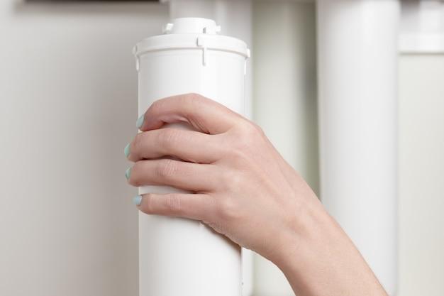 Remplacement de la cartouche dans le filtre à eau