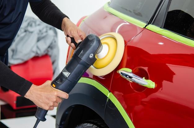 Réparation de rayures pour voiture