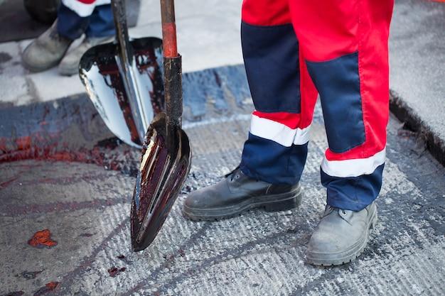 Réparation de routes, autoroutes et trottoirs