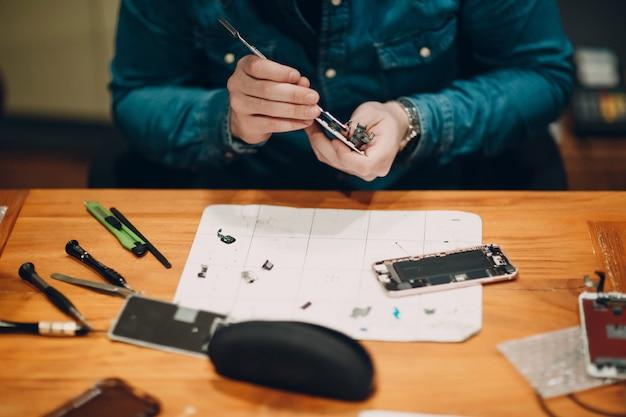 Réparer le téléphone portable