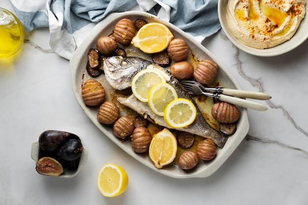 Repas riche en protéines de poisson close up detail