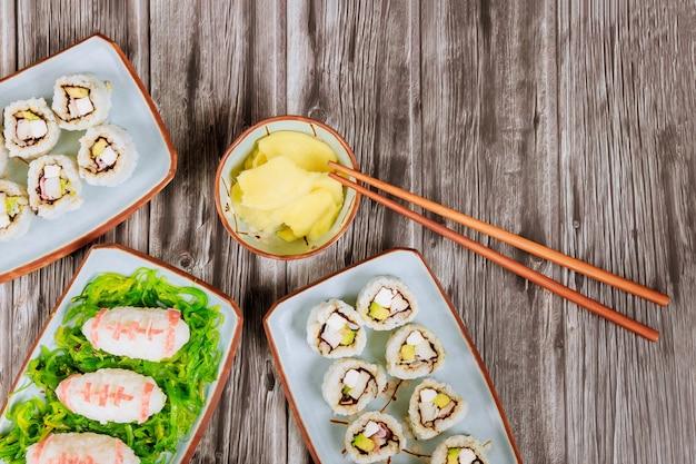 Repas traiteur pour fan de football. concept de jeu de football américain. cuisine asiatique.
