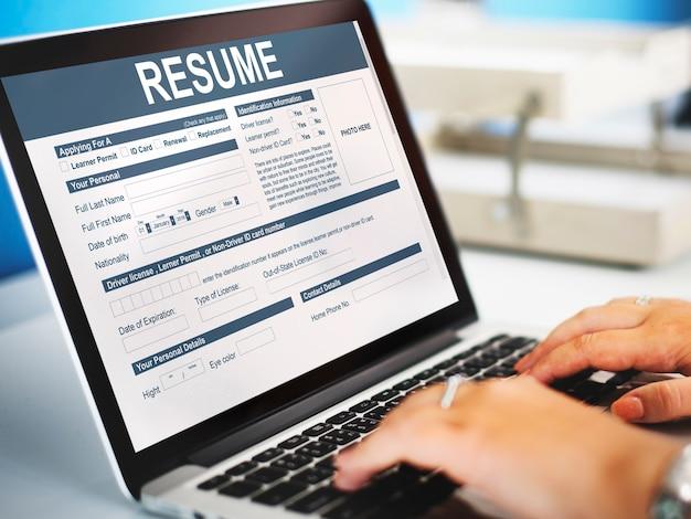 Reprendre le concept de formulaire d'emploi de demande