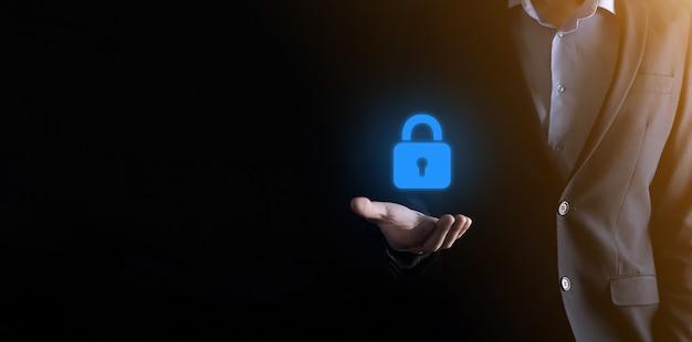 Réseau de cybersécurité. icône de cadenas et mise en réseau de la technologie internet