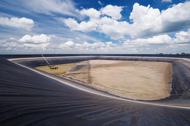 Réservoir sec de lam takong, nakhon ratchasima, thaïlande