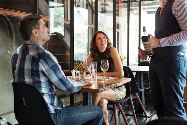 Restaurant chilling out classy lifestyle concept réservé