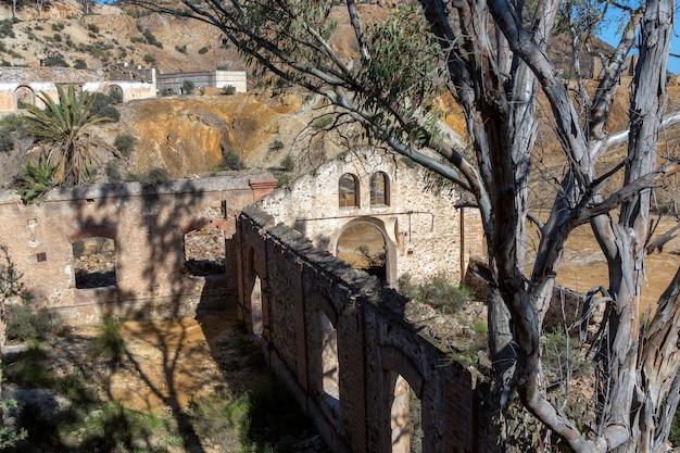 Restes de la construction des anciennes mines de mazarron murciaspain