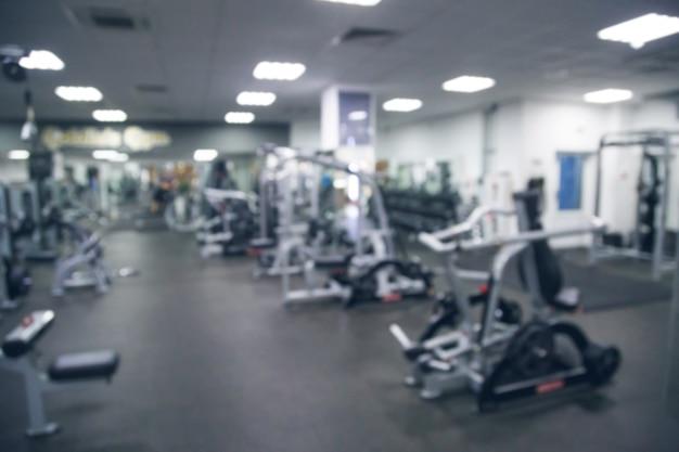 Résumé flou fitness et intérieur de la salle de sport pour le fond