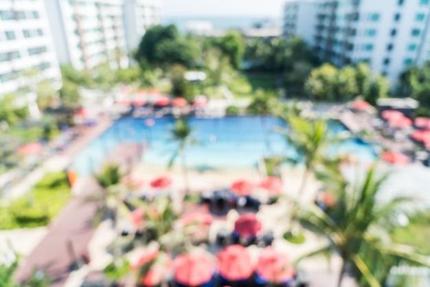 Résumé flou hôtel piscine
