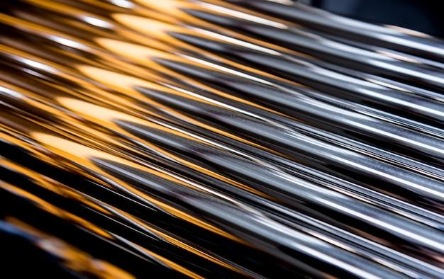 Résumé fond de tuyaux en acier empilés sur une palette