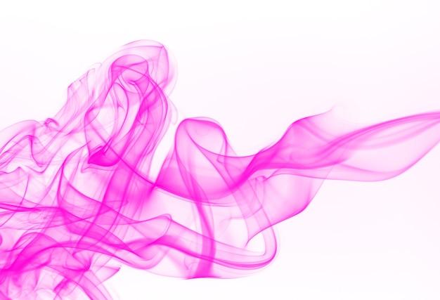 Résumé de fumée rose sur fond blanc